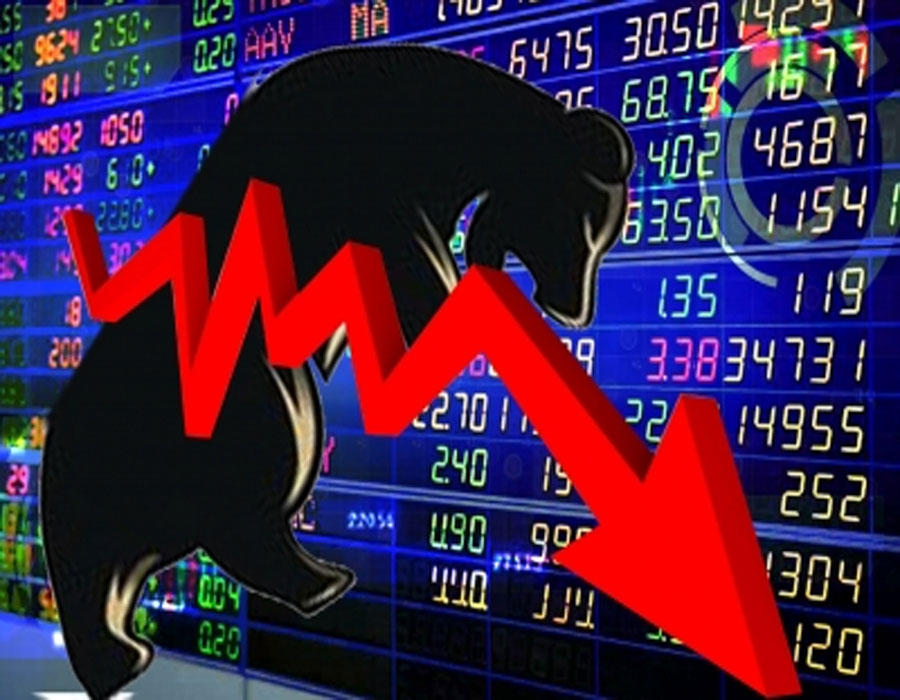 Sensex down 500 points, gives up 51,000-mark