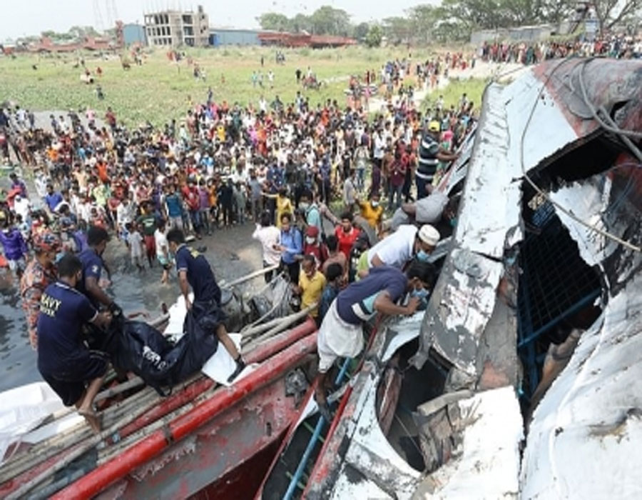 Bangladesh ferry capsize toll reaches 34