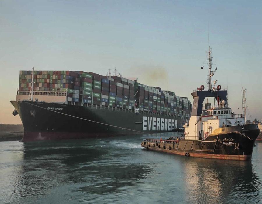 Suez Canal traffic normal despite ship's engine breakdown