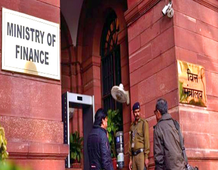 FY21 net tax collection at Rs 9.45L cr, exceeds revised estimates