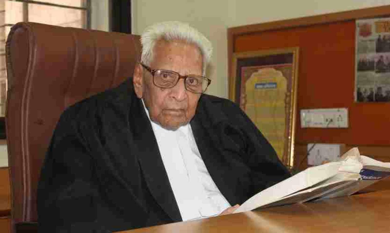 Advocate Lekharj Mehta at 100 attends virtual hearings