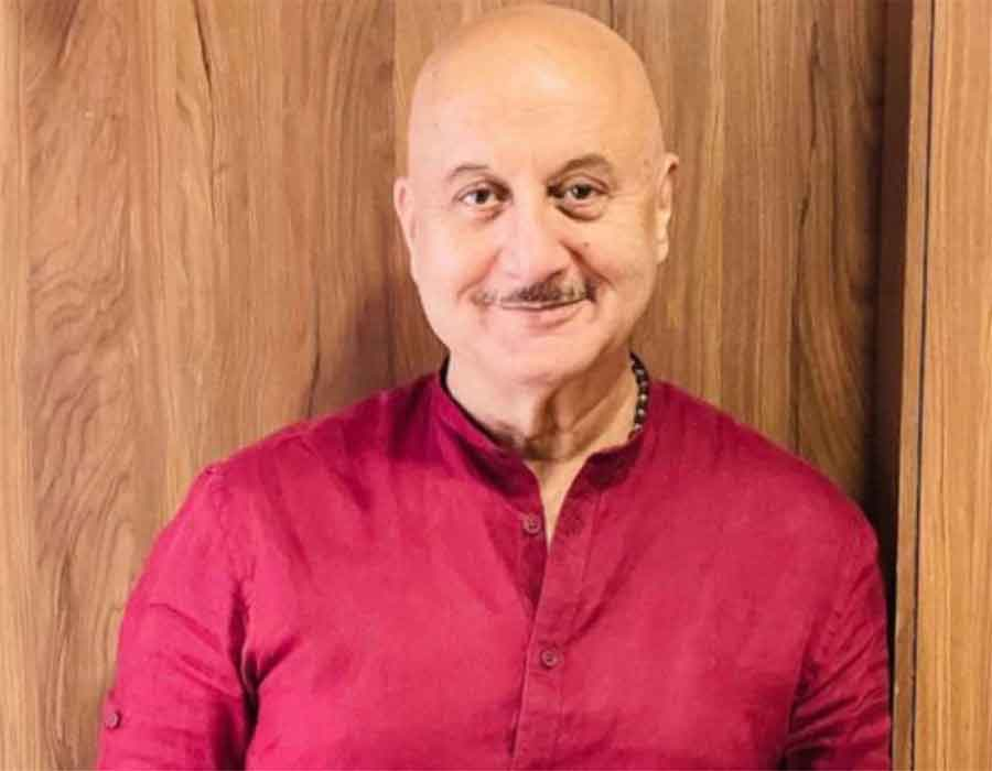 Anupam Kher: Wife, son keep me grounded