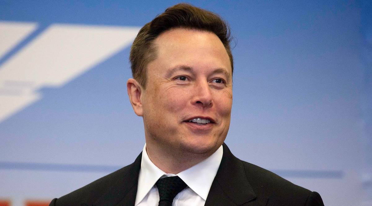 Musk refutes claim that he tried to replace Cook as Apple CEO