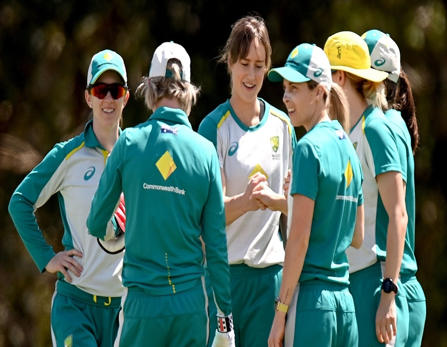 Perry, Campbell shine in Australia's warm-up win over India