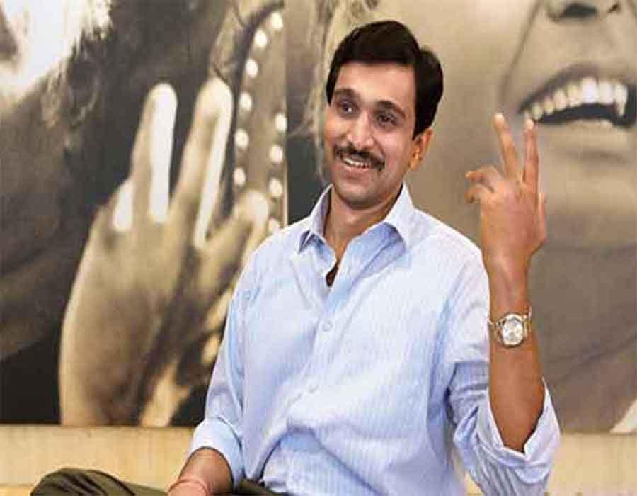 Pratik Gandhi reveals why 'Bhavai' is a special film for him